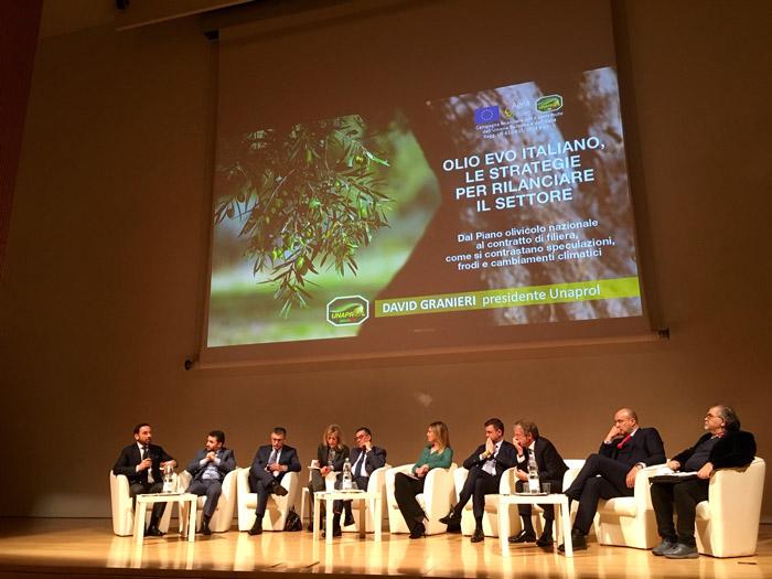 """Consumi, UNAPROL: """"Un Patto di Filiera per salvare l'olio italiano"""". Dal workshop all'Ara Pacis del 31 gennaio 2019"""